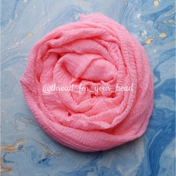 Crinkled cotton hijab- pink peach